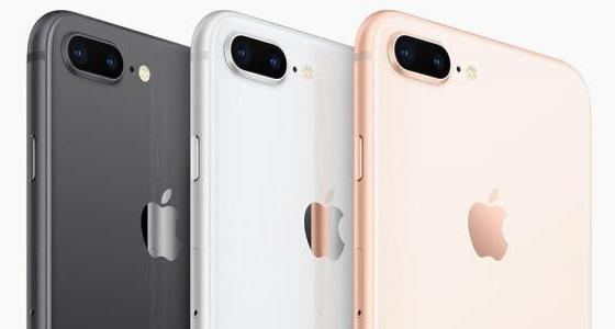 Apple круто прокачала спалах в iPhone 8 148c260b6a2a7